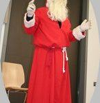 Il annonce qu'il distribuera des cadeaux aux enfants sages