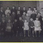 Année scolaire 1930-1931 Instituteur M. Charton